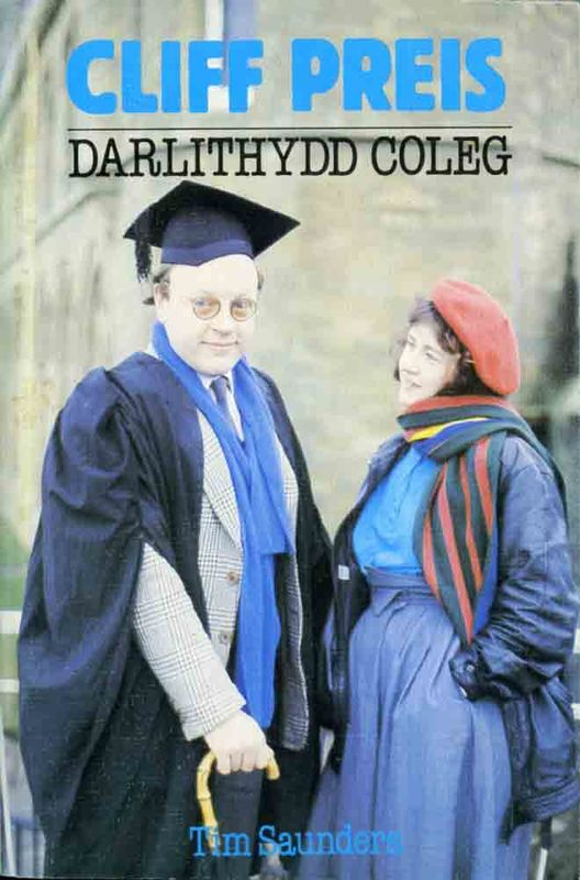 A picture of 'Cliff Preis: Darlithydd Coleg' 